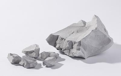 モンモリロナイトの原石